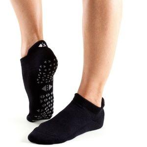 NWOT Tavi Noir ToeSox Savvy Grip Low Rise Socks